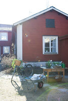 Bildno.: 11021993<br/><b>Feature: 00790031 - Happy. Naturally.</b><br/>Swedish House in Falun<br />living4media / Bj&#246;rnsdotter, Magdalena
