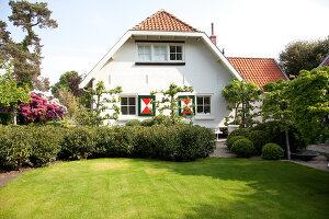 Bildnr.: 11006619<br/><b>Feature: 00790114 - Spiel der Kontraste</b><br/>A country house belonging to an interior designer, Niederlande<br />living4media / Claessens, Bieke
