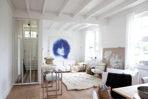 Bildnr.: 11006651<br/><b>Feature: 00790114 - Spiel der Kontraste</b><br/>A country house belonging to an interior designer, Niederlande<br />living4media / Claessens, Bieke