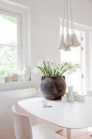 Bildnr.: 11006665<br/><b>Feature: 00790114 - Spiel der Kontraste</b><br/>A country house belonging to an interior designer, Niederlande<br />living4media / Claessens, Bieke