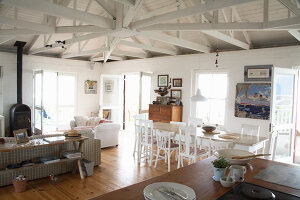 Bildno.: 11016953<br/><b>Feature: 00790182 - Terminally Hip</b><br/>A beach house in Noordhoek<br />living4media / Scarboro, Simon
