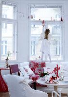 Bildnr.: 11074335<br/><b>Feature: 00790199 - Weihnachten in Wien</b><br/>Weihnachten ist ein Bastelfest f&#252;r die Familie M&#252;ller<br />living4media / Bauer, Christine