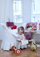 Bildnr.: 11074351<br/><b>Feature: 00790199 - Weihnachten in Wien</b><br/>Weihnachten ist ein Bastelfest f&#252;r die Familie M&#252;ller<br />living4media / Bauer, Christine