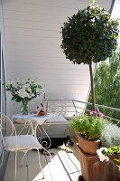 Bildnr.: 11017157<br/><b>Feature: 11017085 - Heller Hochsitz</b><br/>Wohnen im Dachgeschoss eines ehemaligen Postamtes<br />living4media / Heinze, Winfried