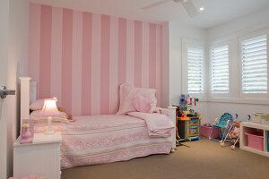 Bildno.: 11018621<br/><b>Feature: 11018591 - Relaxed but stylish</b><br/>Hamptons style beach house near Palm Beach<br />living4media / Bayside