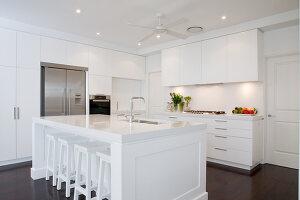 Bildno.: 11018627<br/><b>Feature: 11018591 - Relaxed but stylish</b><br/>Hamptons style beach house near Palm Beach<br />living4media / Bayside
