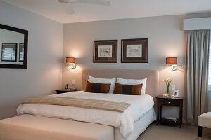 Bildno.: 11018641<br/><b>Feature: 11018591 - Relaxed but stylish</b><br/>Hamptons style beach house near Palm Beach<br />living4media / Bayside