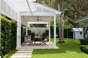 Bildno.: 11018647<br/><b>Feature: 11018591 - Relaxed but stylish</b><br/>Hamptons style beach house near Palm Beach<br />living4media / Bayside