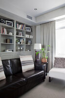 Bildno.: 11018659<br/><b>Feature: 11018591 - Relaxed but stylish</b><br/>Hamptons style beach house near Palm Beach<br />living4media / Bayside