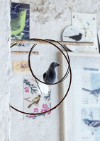 Bildno.: 11032563<br/><b>Feature: 11032550 - Bird hunt</b><br/>Decorations with birds<br />living4media / Bauer, Christine