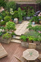 Bildno.: 11053593<br/><b>Feature: 11053585 - Private Paradise</b><br/>City garden in London<br />living4media / Burgess, Linda