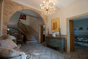Bildno.: 11061477<br/><b>Feature: 11061397 - New Aristocracy</b><br/>Elegantly furnished home in downtown G&#233;n&#233;rac<br />living4media / Madamour, Christophe