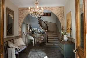 Bildno.: 11061481<br/><b>Feature: 11061397 - New Aristocracy</b><br/>Elegantly furnished home in downtown G&#233;n&#233;rac<br />living4media / Madamour, Christophe