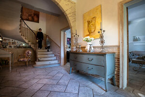 Bildno.: 11061483<br/><b>Feature: 11061397 - New Aristocracy</b><br/>Elegantly furnished home in downtown G&#233;n&#233;rac<br />living4media / Madamour, Christophe