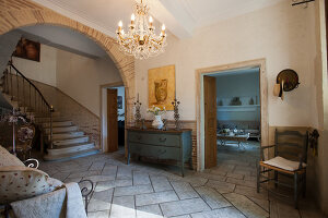 Bildno.: 11061491<br/><b>Feature: 11061397 - New Aristocracy</b><br/>Elegantly furnished home in downtown G&#233;n&#233;rac<br />living4media / Madamour, Christophe