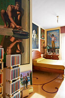 Bildno.: 11109963<br/><b>Feature: 11109939 - House of Wonders</b><br/>Art and art objects cover nearly every surface of this gallerist&#39;s home in Rome<br />living4media / Bressan e Trentani
