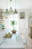 Bildnr.: 11126109<br/><b>Feature: 11126103 - Gr&#252;n(d)lich dekoriert</b><br/>Gr&#252;n in allen Varianten verziert ein Haus in Norwegen<br />living4media / Nordstrom, Annette