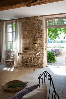 Bildno.: 11136547<br/><b>Feature: 11136451 - Bastide La Garance</b><br/>B &amp; B in beautiful Provence<br />living4media / Madamour, Christophe