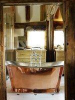 Bildno.: 11147381<br/><b>Feature: 11147357 - Link to the Past</b><br/>Refurbishing a 15th century farm house in Kent<br />living4media / Smith, Rachael