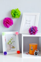 Bildno.: 11149541<br/><b>Feature: 11149518 - Pompom Pleasures</b><br/>Decorate with pompoms for a fun look that fits to every decor<br />living4media / Taube, Franziska
