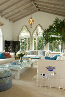 Bildno.: 11150915<br/><b>Feature: 11150911 - A Matter of Style</b><br/>Oceanfront Mediterranean home in Palm Beach, Florida<br />living4media / Mentis Photography, Inc.
