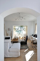 Bildno.: 11177061<br/><b>Feature: 11177059 - Italian Style, Tunisian Charm</b><br/>Simplicity and light characterise this villa in Tunis<br />living4media / Kaplan, Marina