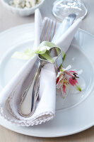 Bildno.: 11182983<br/><b>Feature: 11182973 - Beyond Baking</b><br/>Decorating ideas using baking pans<br />living4media / Taube, Franziska