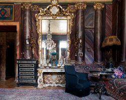 Bildno.: 11213079<br/><b>Feature: 11213061 - Staged for Living</b><br/>Stage designer&#39;s Baroque apartment in Vienna<br />living4media / von Oswald, Yvonne