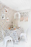 Bildno.: 11237131<br/><b>Feature: 11237130 - Easter Morning</b><br/>Inspired Easter decorating with a Nordic touch<br />living4media / Annette &amp; Christian