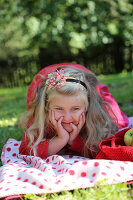 Bildnr.: 11252349<br/><b>Feature: 11252336 - Apfelb&#228;ckchen</b><br/>Apfelernte mit Picknick in Bullerb&#252;<br />living4media / Syl Loves