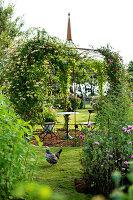 Bildno.: 11271977<br/><b>Feature: 11271958 - Swedish Garden</b><br/>Garden in Lynga<br />living4media / M&#246;ller, Cecilia