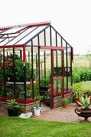 Bildno.: 11271995<br/><b>Feature: 11271958 - Swedish Garden</b><br/>Garden in Lynga<br />living4media / M&#246;ller, Cecilia