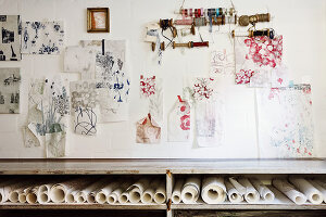 Bildno.: 11289845<br/><b>Feature: 11289815 - Designing Lady</b><br/>Textile and wallpaper designer&#39;s home in Lueneberg, Germany<br />living4media / Struve, Nina