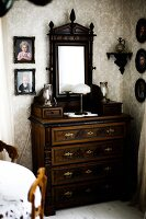 Bildno.: 11293665<br/><b>Feature: 11293644 - Time for Romance</b><br/>Nostalgic decor in a romantic house in &#214;rnsk&#246;ldsvik, Sweden<br />living4media / IBL Bildbyra AB / Angelica, S&#246;derberg