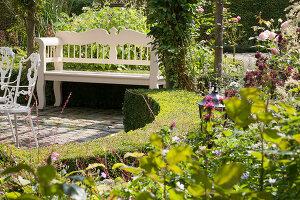 Bildnr.: 11306151<br/><b>Feature: 11306129 - Die feine englische Art</b><br/>Traumgarten im Englischen Stil, Belgien<br />living4media / Herwig, Modeste