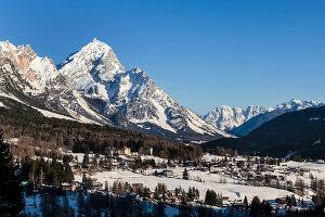 Bildnr.: 11308135<br/><b>Feature: 11308134 - Alpen-Idyll</b><br/>Rustikales Chalet in Cortina d&#39;Ampezzo, Italien<br />living4media / Cimarosti, Brando