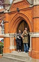 Bildnr.: 11313859<br/><b>Feature: 11313852 - Im Hause des Herrn</b><br/>Familie Greenberg wohnt in einer ehemaligen Kirche, England<br />living4media / Meadow, Tom