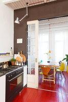 Bildnr.: 11313947<br/><b>Feature: 11313928 - Buntes Familienleben</b><br/>Fr&#246;hliches Haus im Seebad von Den Haag<br />living4media / Klazinga, Jansje