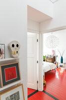 Bildnr.: 11313959<br/><b>Feature: 11313928 - Buntes Familienleben</b><br/>Fr&#246;hliches Haus im Seebad von Den Haag<br />living4media / Klazinga, Jansje