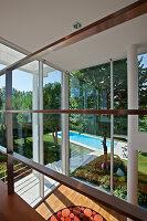Bildnr.: 11321745<br/><b>Feature: 11321705 - Ein architektonischer W&#252;rfel</b><br/>Selbstdesigntes Haus mit ausgedehntem Aussenbereich f&#252;r die Freizeit, Italien<br />living4media / Rizzi, Laura