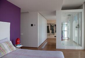 Bildnr.: 11321757<br/><b>Feature: 11321705 - Ein architektonischer W&#252;rfel</b><br/>Selbstdesigntes Haus mit ausgedehntem Aussenbereich f&#252;r die Freizeit, Italien<br />living4media / Rizzi, Laura