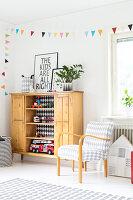 Bildnr.: 11321943<br/><b>Feature: 11321942 - Grafisches Nordlicht</b><br/>Modern, kreativ und schwarz-wei&#223;: So lebt eine junge Familie in Schweden<br />living4media / M&#246;ller, Cecilia