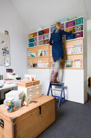 Bildnr.: 11323929<br/><b>Feature: 11323859 - K&#252;nstlerisches Zuhause</b><br/>Ein holl&#228;ndische Designerpaar vereint Familie und Atelier unter einem Dach<br />living4media / de Kleermaeker, Anouk