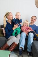 Bildnr.: 11323957<br/><b>Feature: 11323859 - K&#252;nstlerisches Zuhause</b><br/>Ein holl&#228;ndische Designerpaar vereint Familie und Atelier unter einem Dach<br />living4media / de Kleermaeker, Anouk
