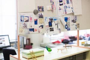 Bildnr.: 11323989<br/><b>Feature: 11323859 - K&#252;nstlerisches Zuhause</b><br/>Ein holl&#228;ndische Designerpaar vereint Familie und Atelier unter einem Dach<br />living4media / de Kleermaeker, Anouk
