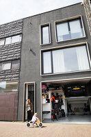 Bildno.: 11326351<br/><b>Feature: 11326350 - Guiding LIne</b><br/>Total revamp of house in Holland<br />living4media / Klazinga, Jansje