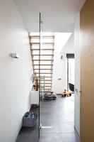 Bildno.: 11326355<br/><b>Feature: 11326350 - Guiding LIne</b><br/>Total revamp of house in Holland<br />living4media / Klazinga, Jansje