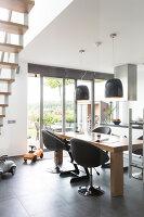 Bildno.: 11326357<br/><b>Feature: 11326350 - Guiding LIne</b><br/>Total revamp of house in Holland<br />living4media / Klazinga, Jansje