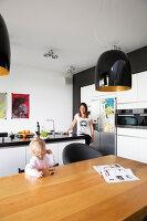 Bildno.: 11326361<br/><b>Feature: 11326350 - Guiding LIne</b><br/>Total revamp of house in Holland<br />living4media / Klazinga, Jansje