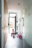 Bildno.: 11326365<br/><b>Feature: 11326350 - Guiding LIne</b><br/>Total revamp of house in Holland<br />living4media / Klazinga, Jansje